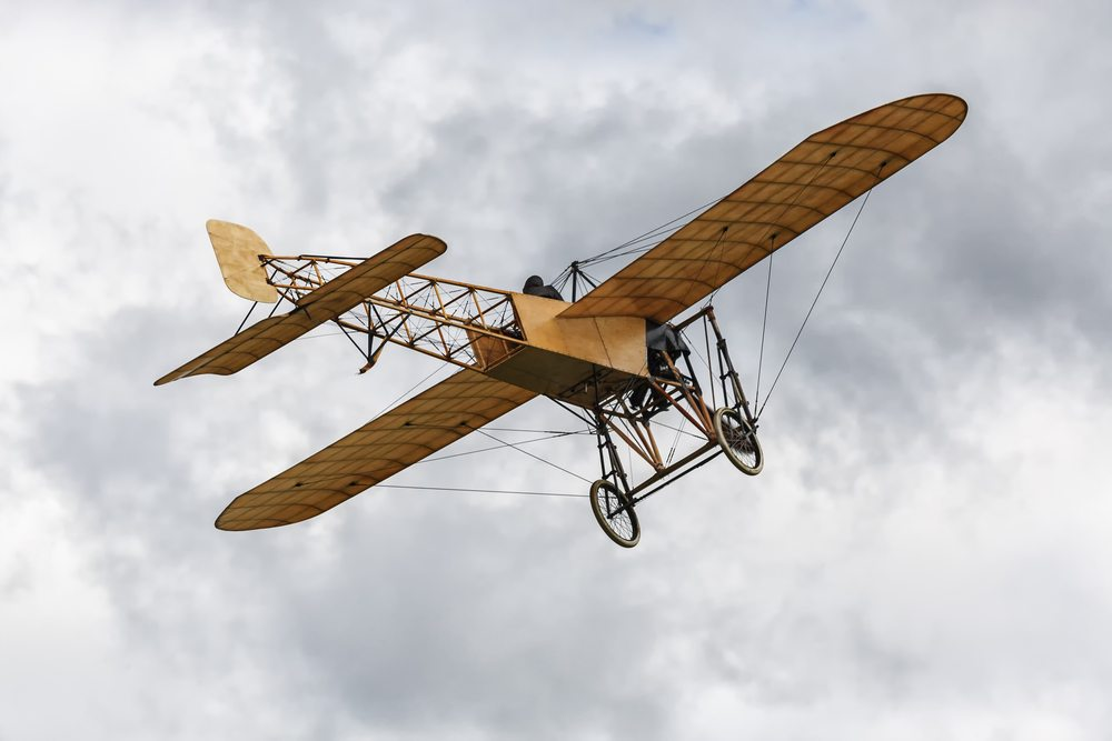 Allegedly The Aerodrome and No. 21 Monoplane flew before the Wright Brothers Took Off